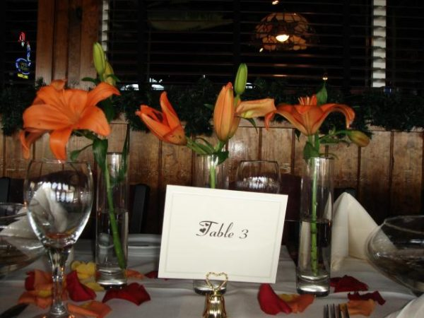 Wedding table with tiger lilys