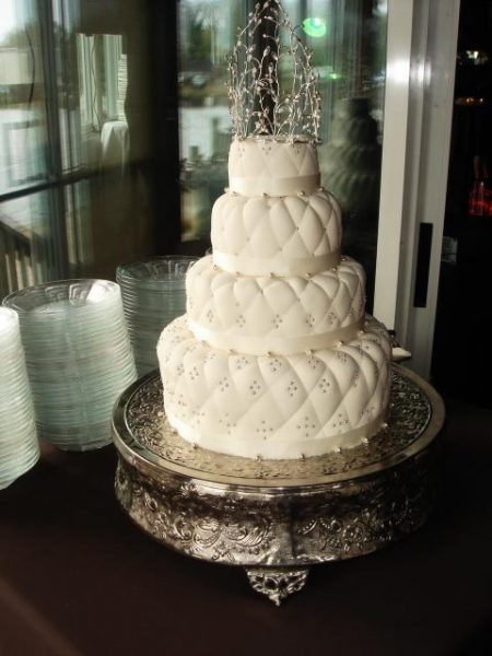 White and pearl wedding cake
